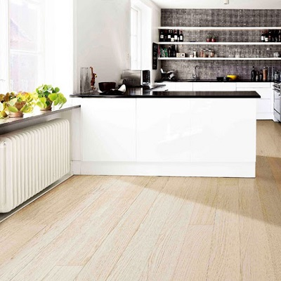 Vinyl Flooring vs Laminate Flooring: Which is Better?