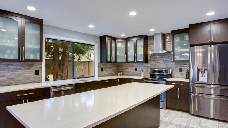 Reviewing quartz countertops for your new home!