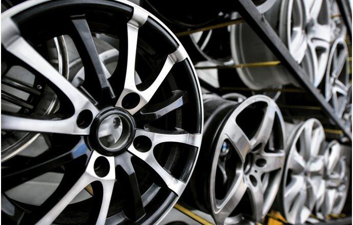 How Much Are Custom Car Rims Really?